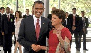 Obama e Dilma se cumprimentam na etapa protocolar do Palácio do Planalto