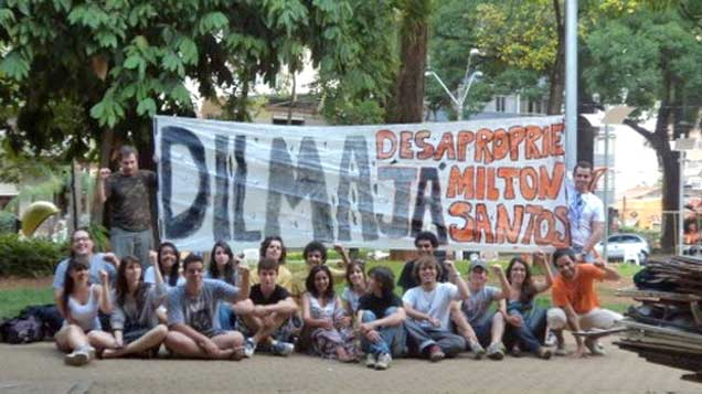 Os moradores do assentamento têm realizado protestos em vários pontos do Estado de São Paulo