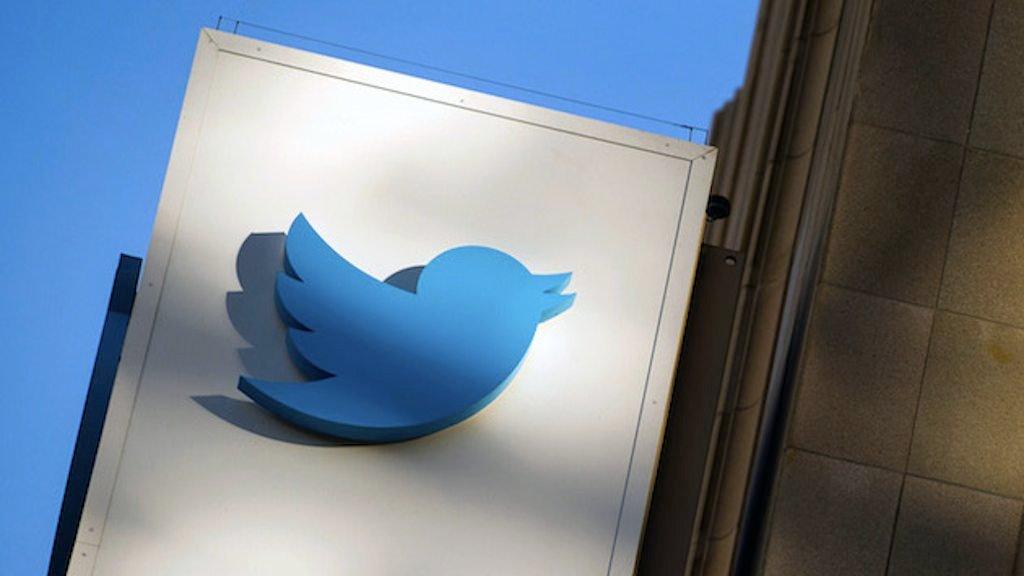 O Twitter anunciou a saída do vice-presidente de operações Adam Bain